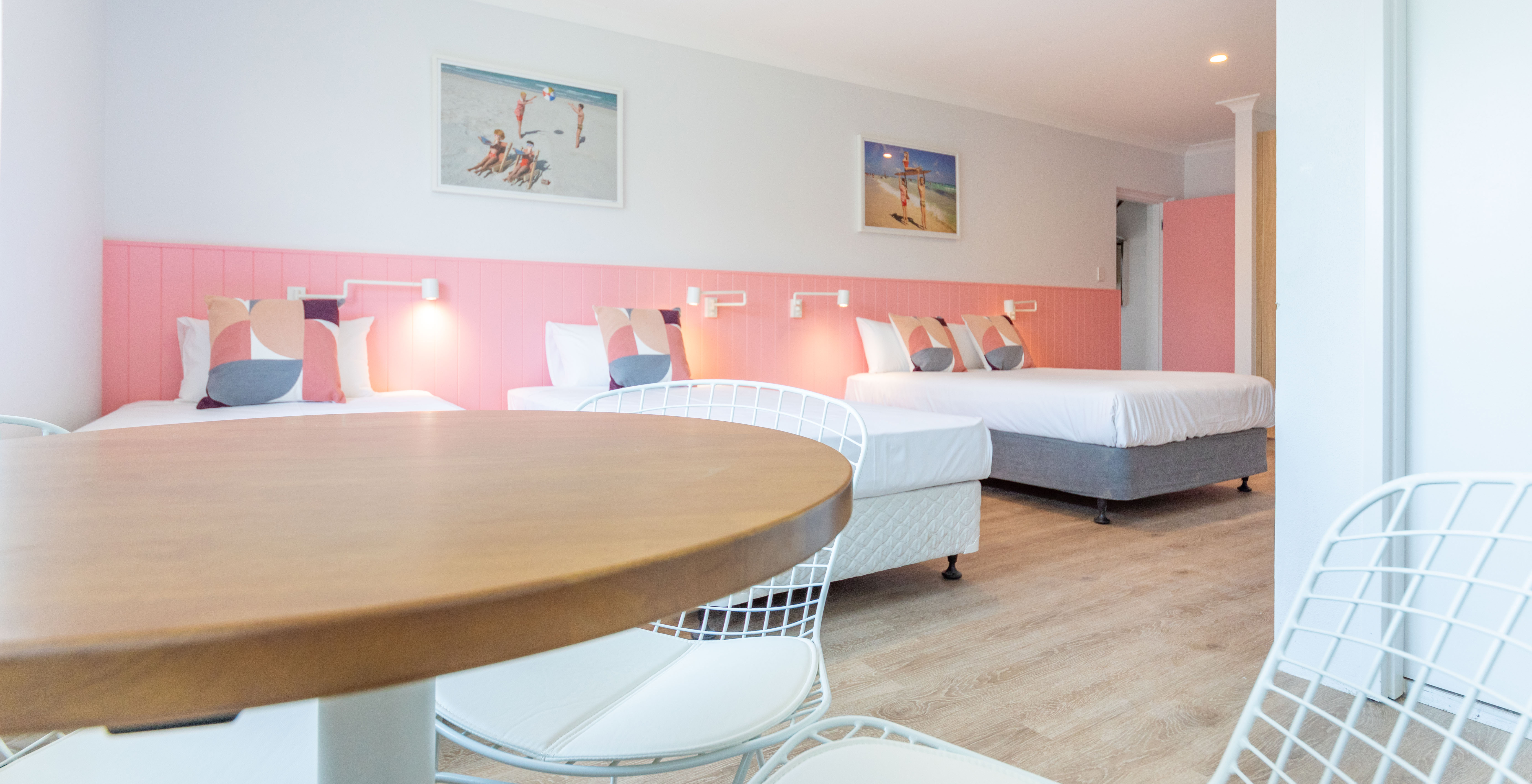family suite pink